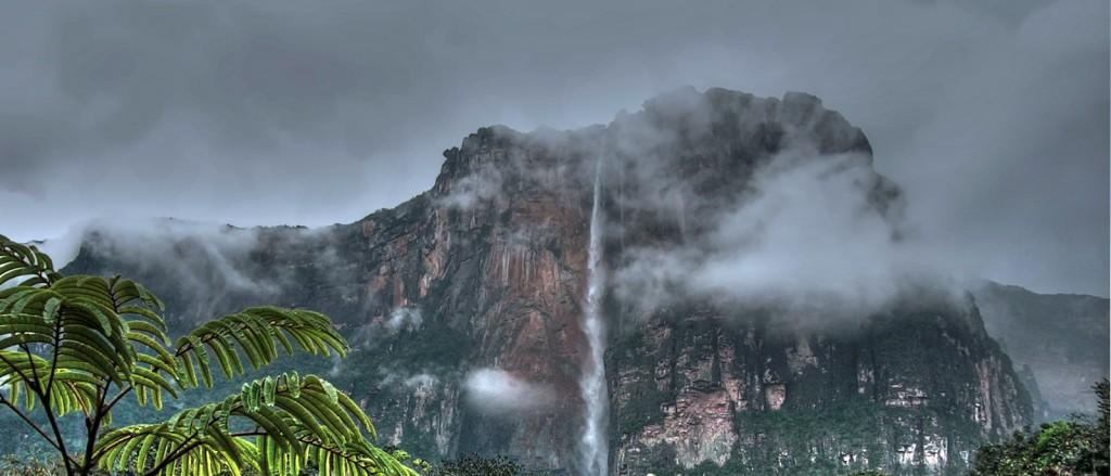 Salto Angel, l'une des cascades les plus impressionnantes au monde - © iñaki lopez