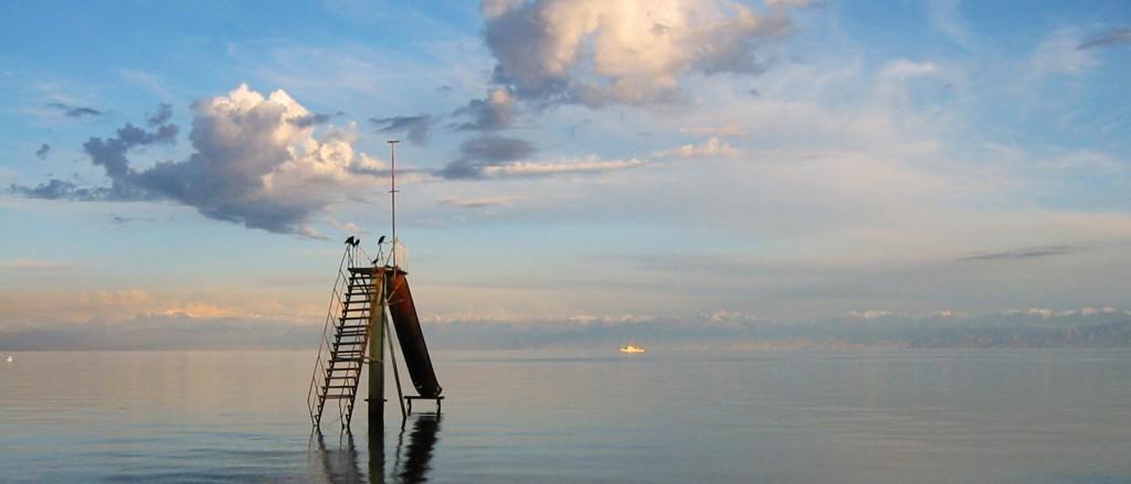 Le lac Yssyk Koul, Kirghizistan - © Mzximvs VdB