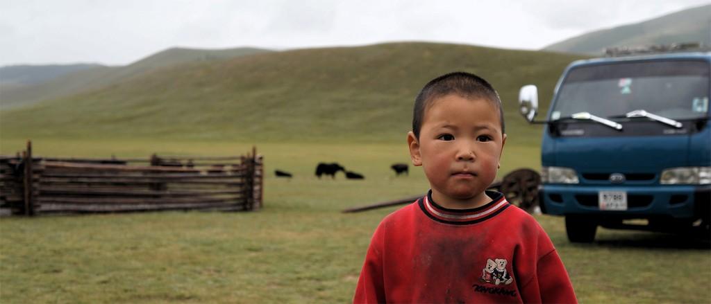 Un enfant dans le parc Khorgo – Terkhiin Tsagaan Nuur, Mongolie - © Mr Hicks46