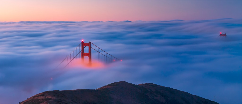 Le Golden Gate dans un mer de nuages, San Francisco - © Frank Schulenburg