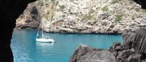 L'eau bleu turquoise de Sa Calobra - © m_iha