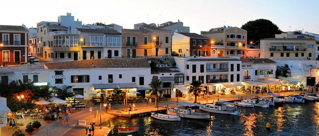 Le joli port de Ciutadella, Minorque - © Cervusvir