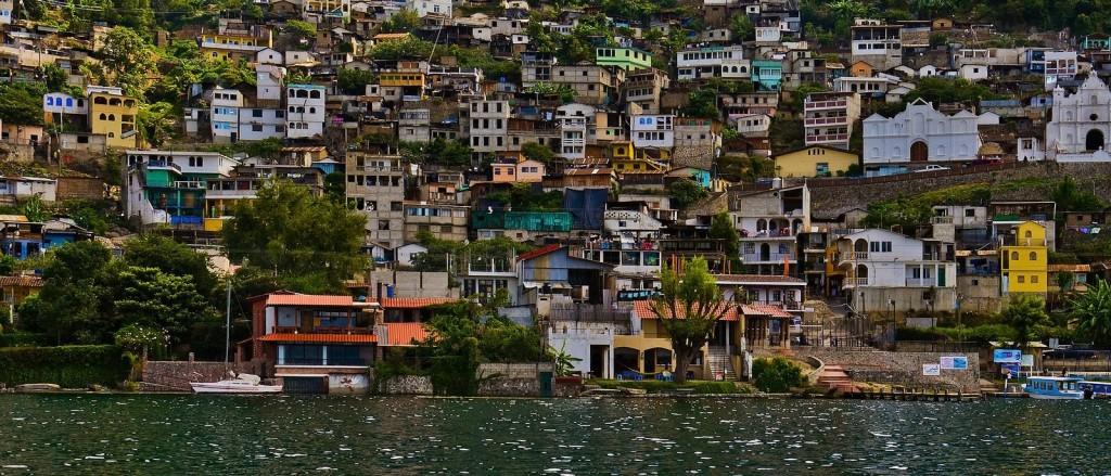 San Antonio Palopó, sur les rives du lac Atitlan, Guatemala - © Guillén Pérez