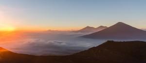 Le volcan Pacaya au coucher du soleil - © Christopher Crouzet
